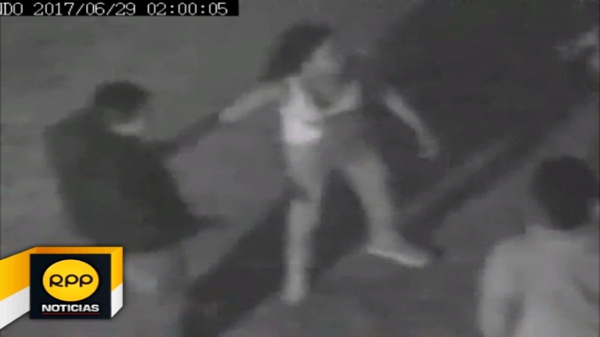 Personal de Serenazgo y Policía Nacional, intervinieron; siendo la pareja trasladada a la comisaría de Santa Marta.
