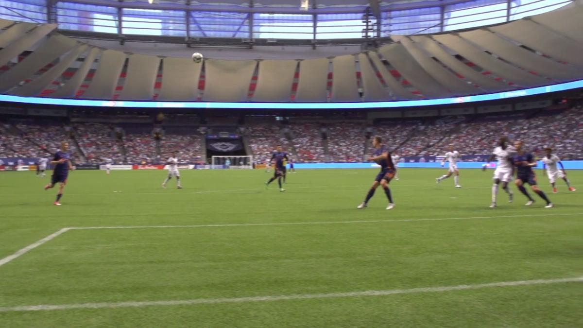 El Vancouver Whitecaps compartió el golazo de Yordy Reyna en cámara lenta.