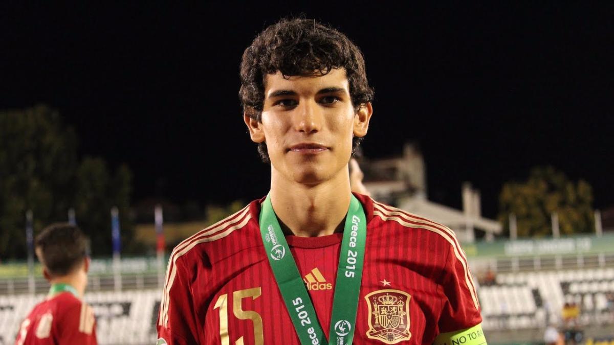 Así juega Jesús Vallejo, nuevo jugador del Real Madrid.