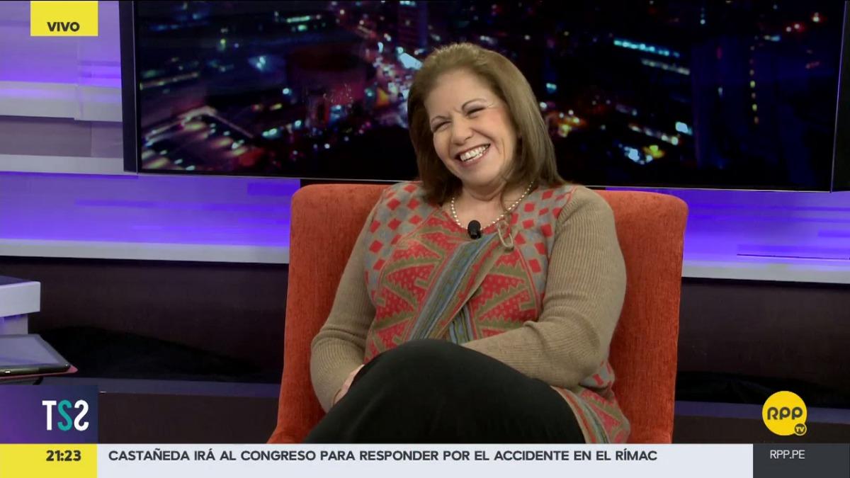 Lourdes Flores visitó el set de Todo Se Sabe.