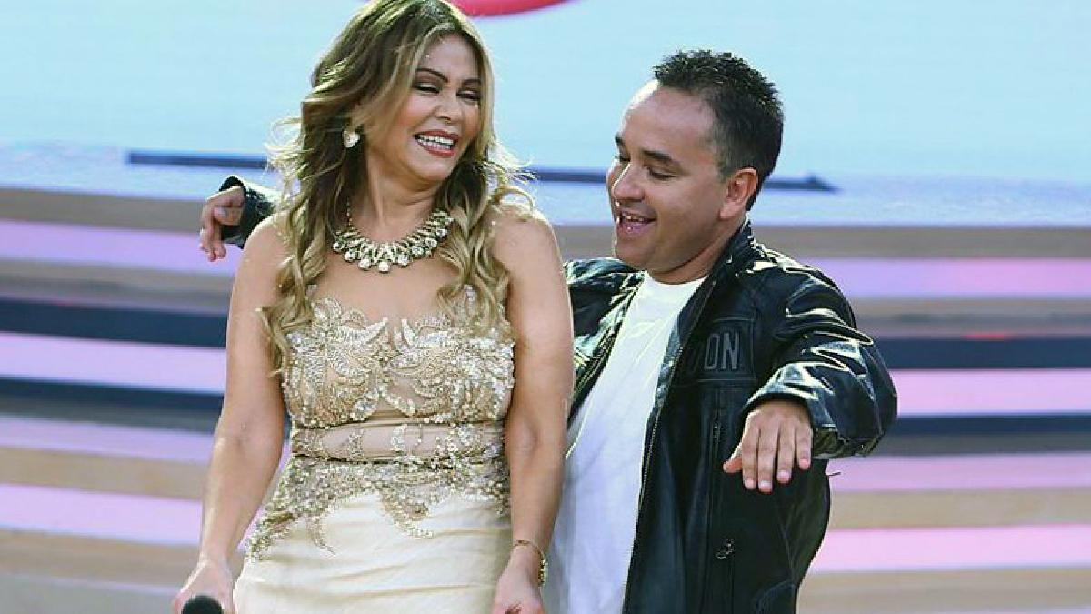 Gisela Valcárcel y Roberto Martínez en la pista de baile.