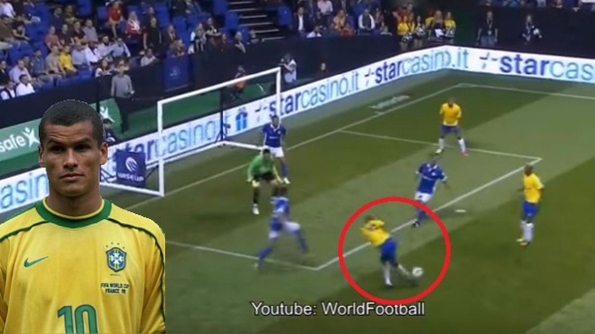 Rivaldo ganó el Balón de Oro en 1999 y la Bota de Bronce de la Copa Mundial de la FIFA en 2002.
