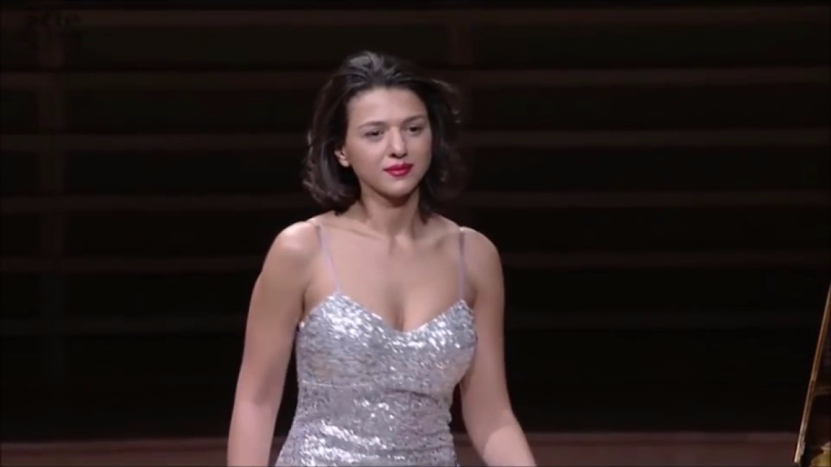Khatia Buniatishvili Chopin Prelude Op. 28 No. 4 (BEAUTIFUL ENCORE)