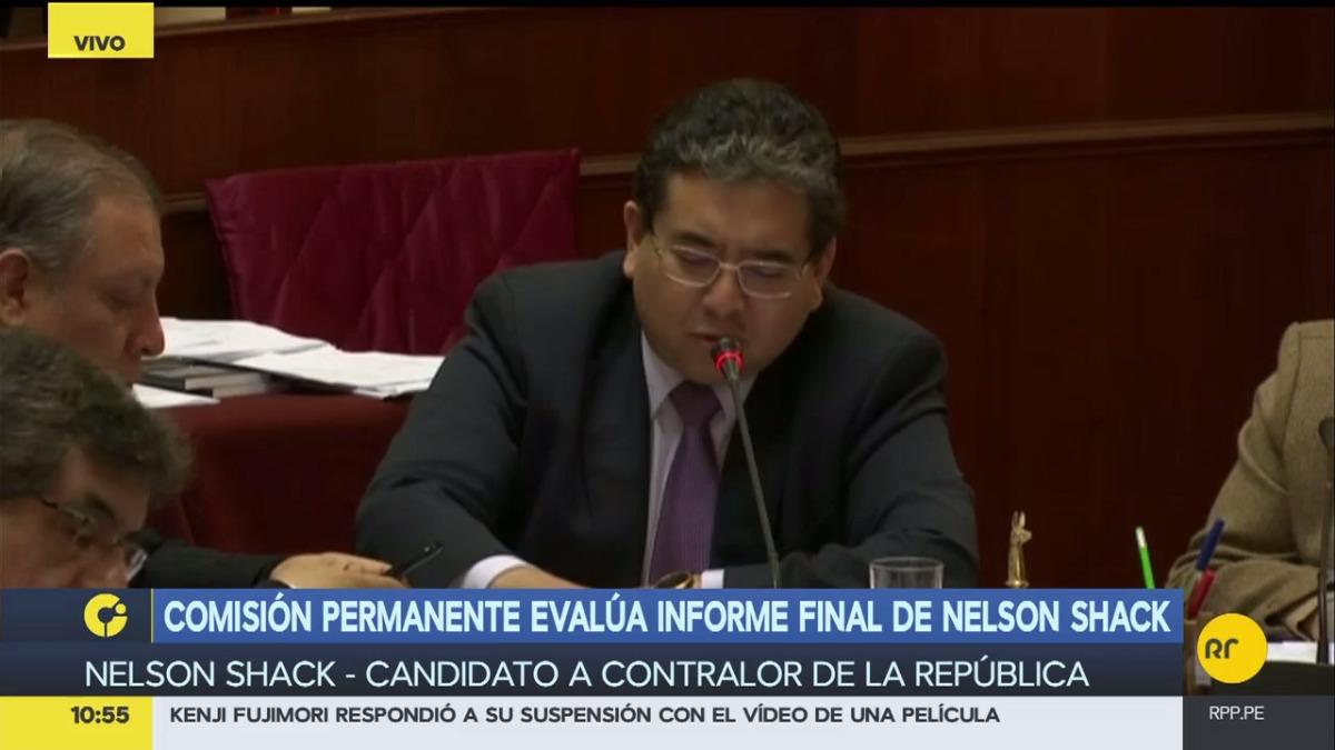 Así fue la presentación de Shack ante la Comisión Permanente. Marco Arana, a su mano derecha, fue el único que votó en contra de su nombramiento. El vocero del Frente Amplio dijo que lo más recomendable era que haya más de un candidato.