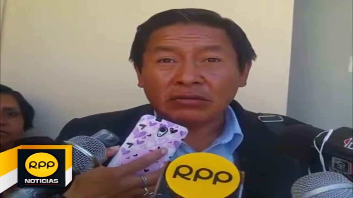 Presidente de la Asociación de Directores de Centros Educativos, Franklin Delgado Villena, de la Región cusco, anunció entrega de colegios si se concreta descuentos a docentes huelguistas.