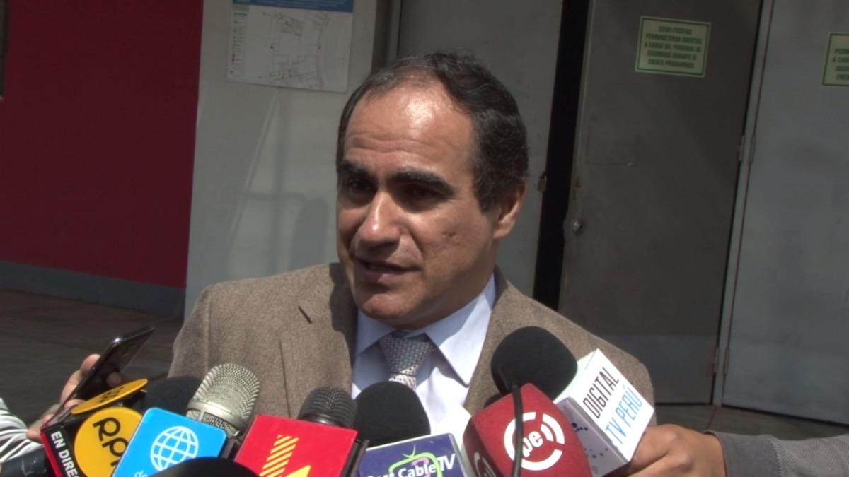 Óscar Fernández aseguró que el Perú vs. Bolivia se jugará en el Estadio Nacional.