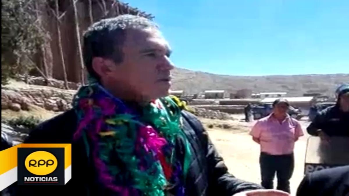 El ministro de Cultura, Salvador del Solar, llegó hasta la provincia de Azángaro para supervisar trabajos ante las heladas.