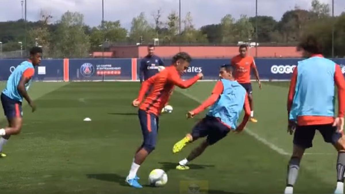 Neymar fichó en las últimas semanas por PSG luego de jugar por cuatro temporadas en Barcelona.