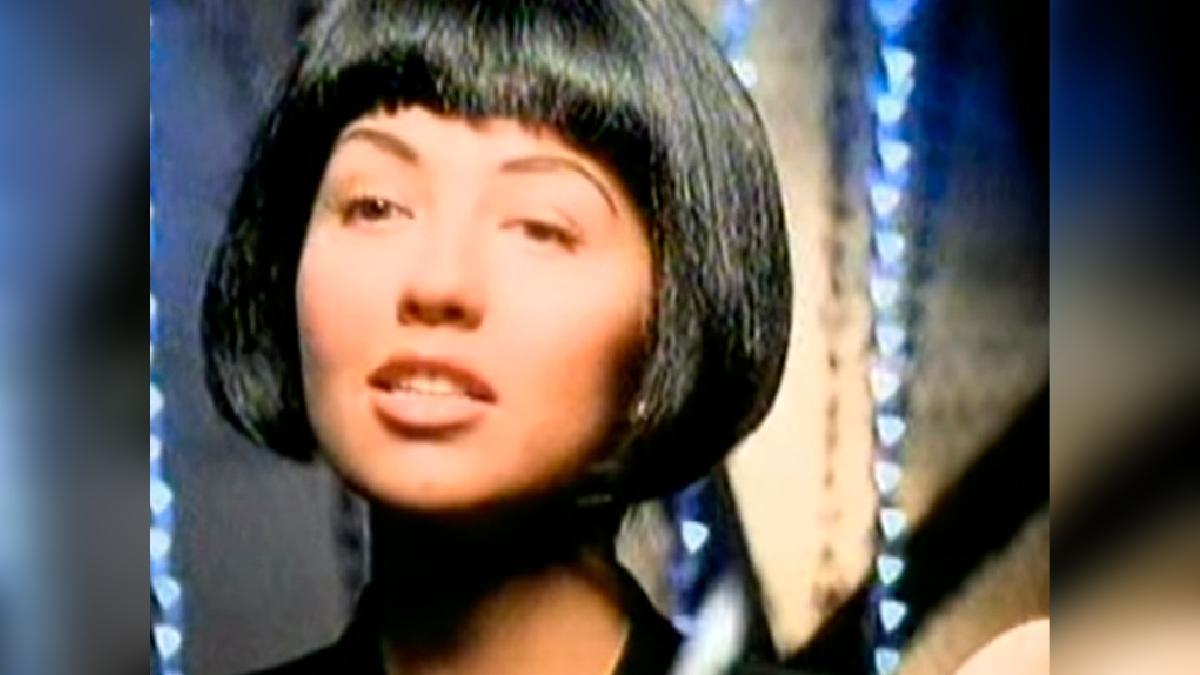 Casi imposible imaginar que esta canción interpretada por la cantante y actriz mexicana Thalía fue compuesta por Juan Gabriel.