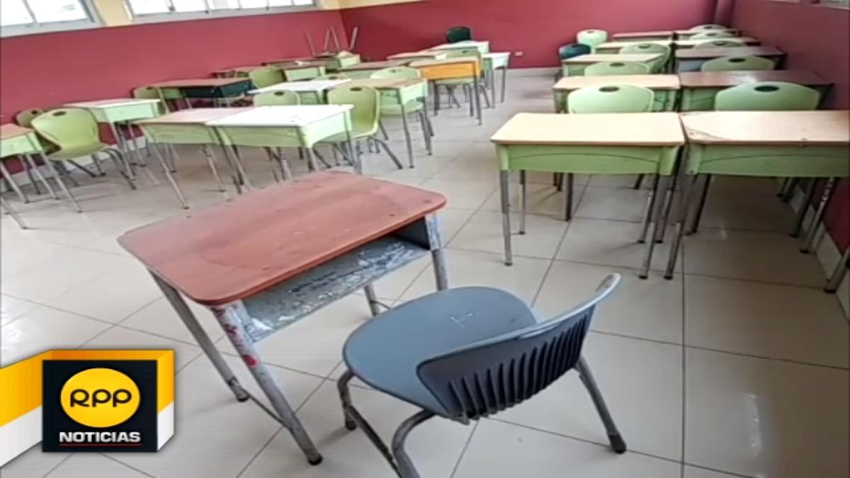 Reporteros de RPP Noticias, constataron aulas vacías en varios colegios de Chiclayo.