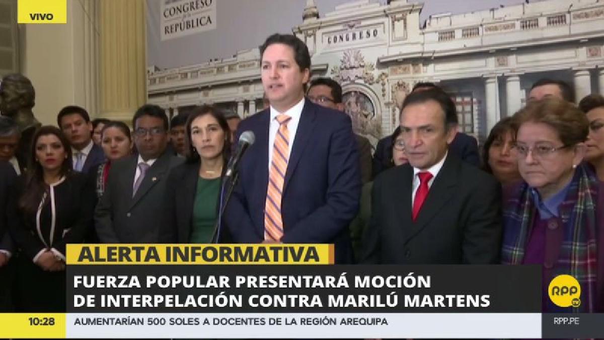 Fuerza Popular recaba firmas para que su moción sea aceptada y se cite a Martens al Congreso lo antes posible.