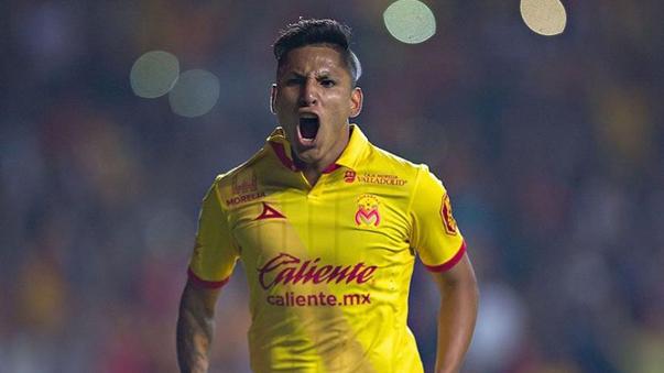 Raúl Ruidíaz jugó en Universitario de Deportes, Universidad de Chile, Coritiba y Melgar antes de llegar a Morelia.