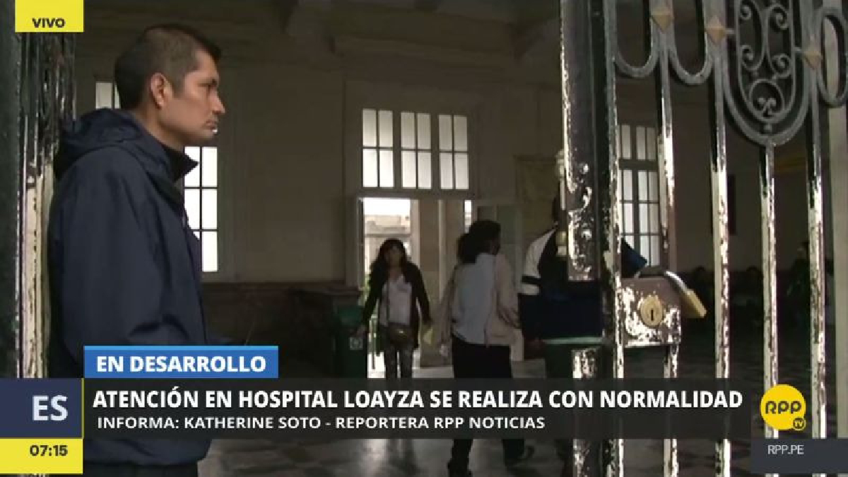 En el Hospital Loayza, uno de los más grandes de Lima, las enfermeras atienden con normalidad.