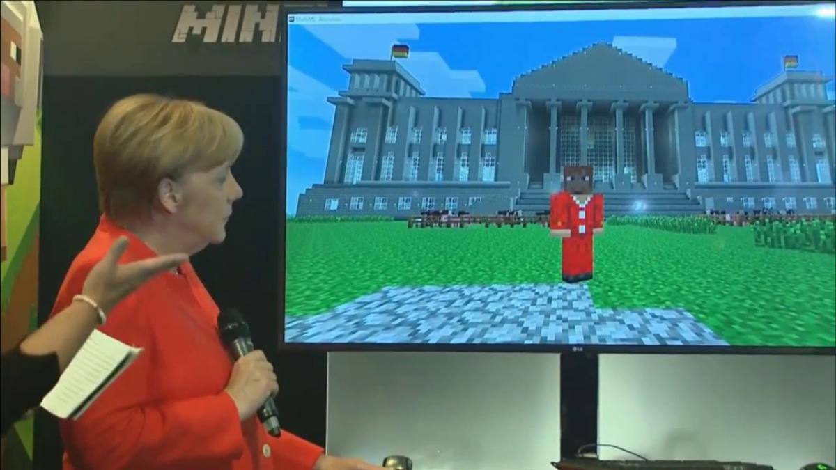 Angela Merkel quedó encantada con su versión en Minecraft.
