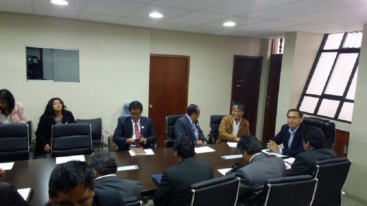 Vicepresidente de la República, Martín Vizcarra, se reunió con directores de las Ugel de Ayacucho.