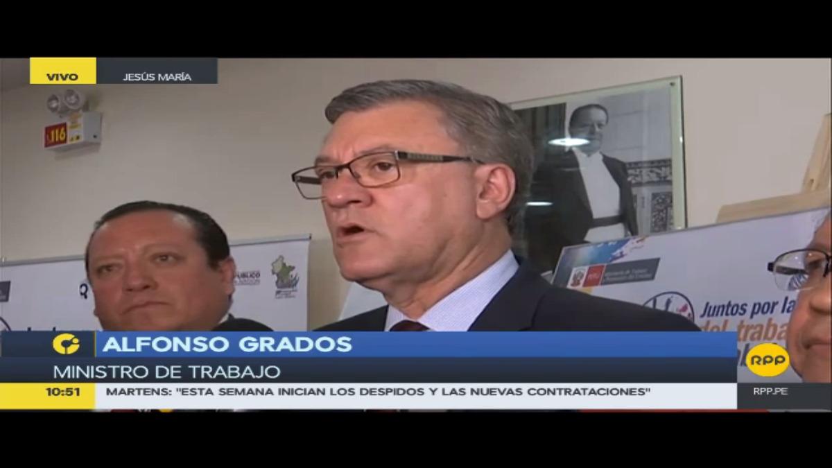 Ministro Grados sostuvo que hubo negligencia en la atención médica de la madre de la ex primera ministra Ana Jara.
