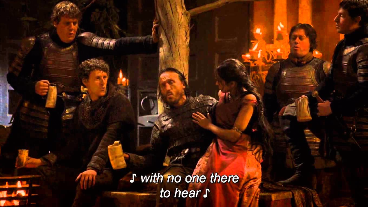 Jerome Flynn cantando en Game Of Thrones.