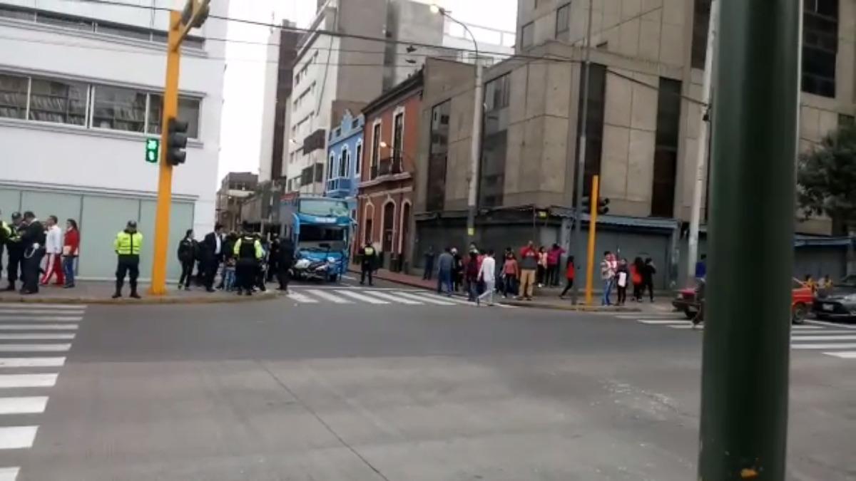 El bus turístico en el Centro de Lima.