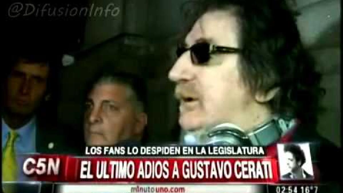 Charly García después del funeral de Gustavo Cerati