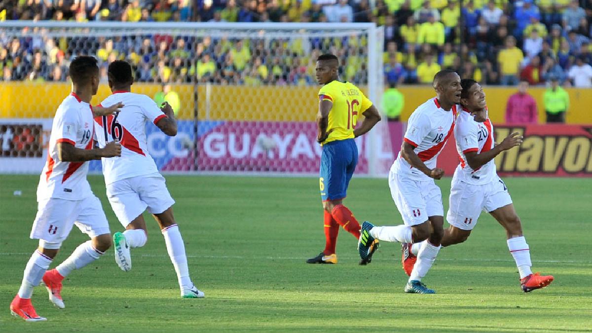 Edison Flores y Paolo Hurtado le dieron el triunfo a Perú.