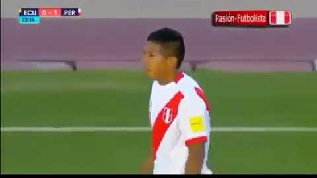 Edison Flores debutó futbolísticamente con Universitario de