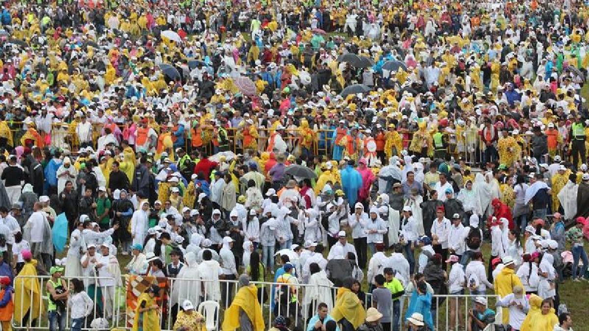 Así fue la multitudinaria recepción a Francisco en Villavicencio.