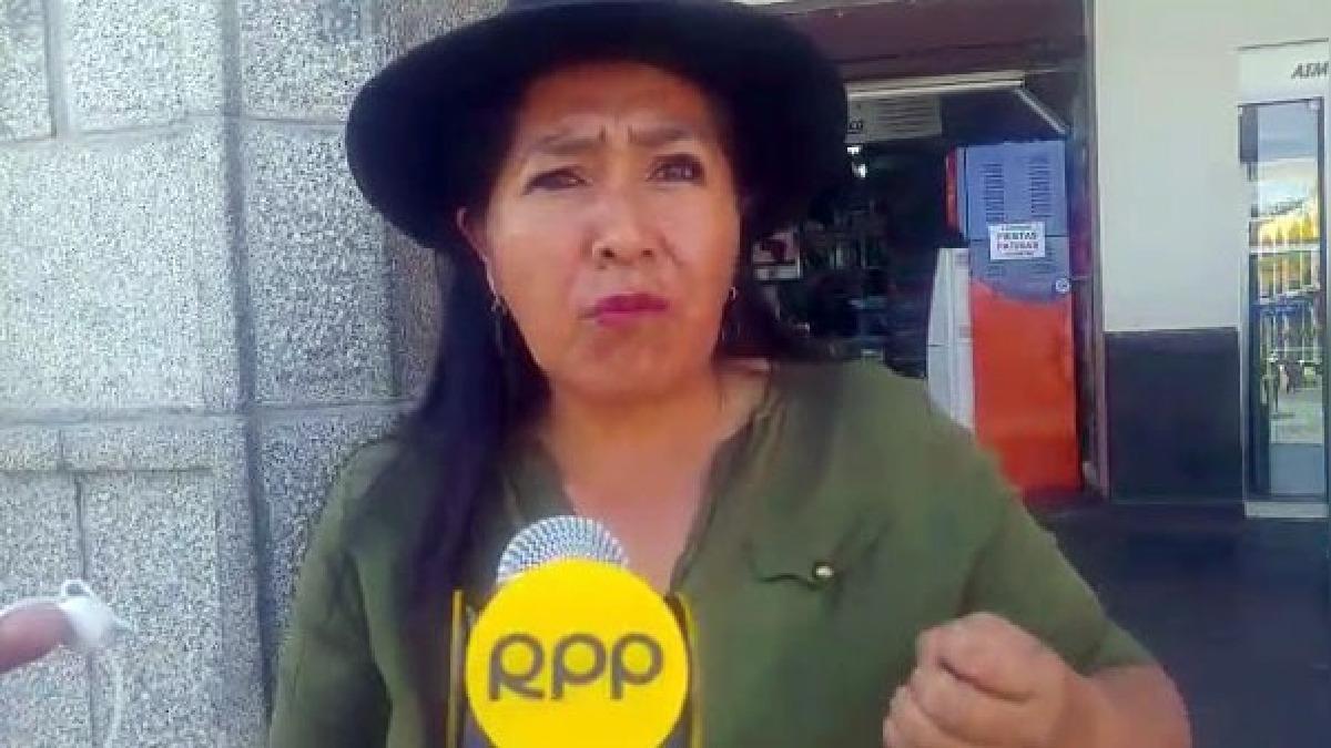 Profesores esperan censura de ministra de Educación, Marilú Martens.