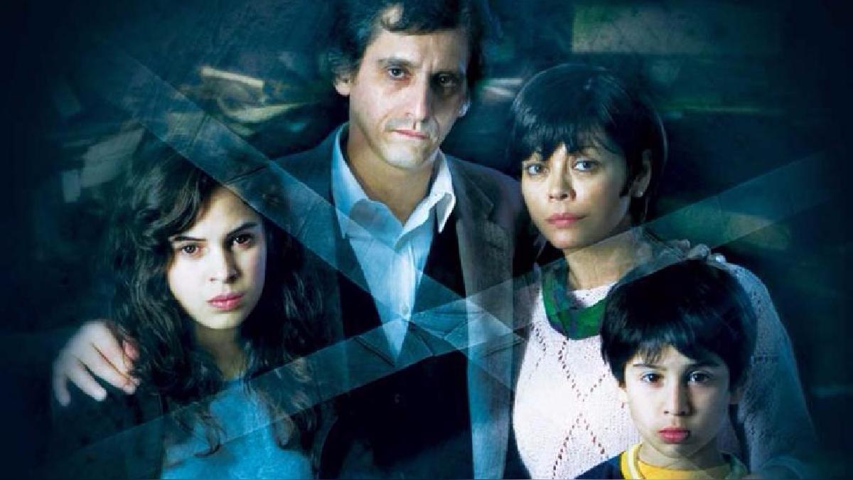 En 2009, Fabrizio Aguilar estrenó la cinta protagonizada por Gisela Valcárcel y Miguel Iza.