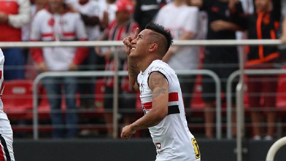 Christian Cueva salió a dar la cara por el mal momento que vive el Sao Paulo.