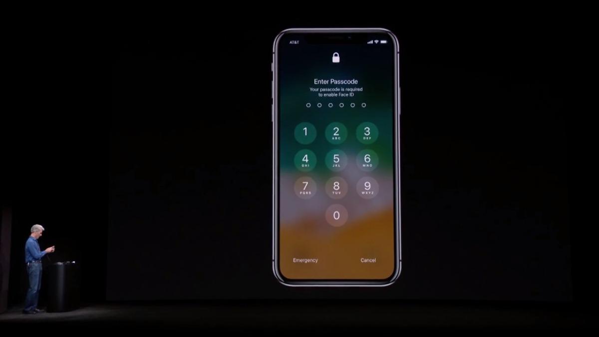 El mensaje que indica que es necesario usar la clave antes de usar Face ID.