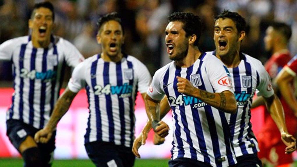 Alianza Lima derrotó 2-1 a Ayacucho FC con goles de Kevin Quevedo y Germán Pacheco.