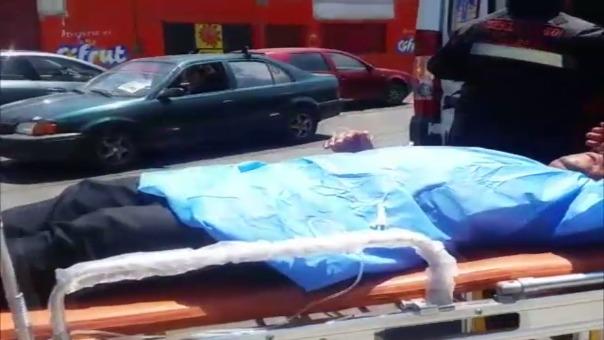 Víctor Pachauri Calla (26) fue llevado al Hospital Nacional Carlos Seguin Escobedo.