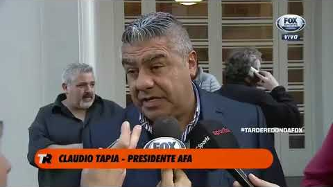 Claudio Tapia reveló que él tuvo la idea de jugar en La Bombonera.