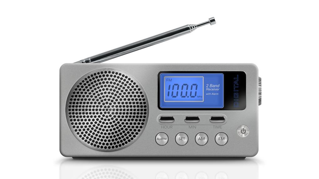 Una radio es uno de los objetos que no deben faltar en la mochila de emergencia.