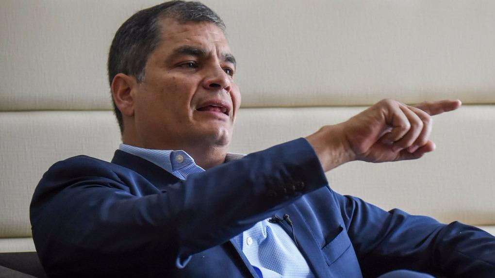 Rafael Correa a criticado de manera reiterada al actual presidente de su país Lenín Moreno.