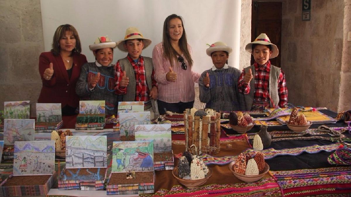 Escolares participarán en evento nacional intercultural.