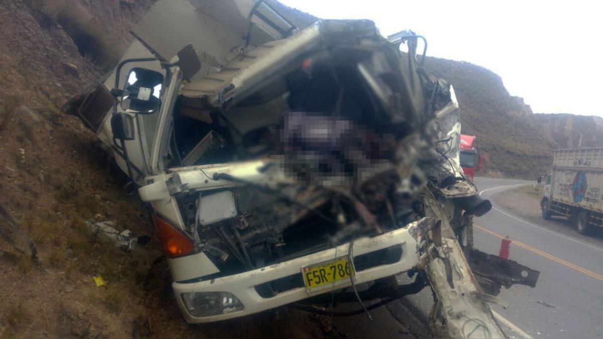 El accidente se registró cerca al puente Pachachaca.
