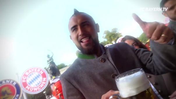 El Bayern Munich compartió un video mostrando cómo se divirtieron sus jugadores en el Oktoberfest.