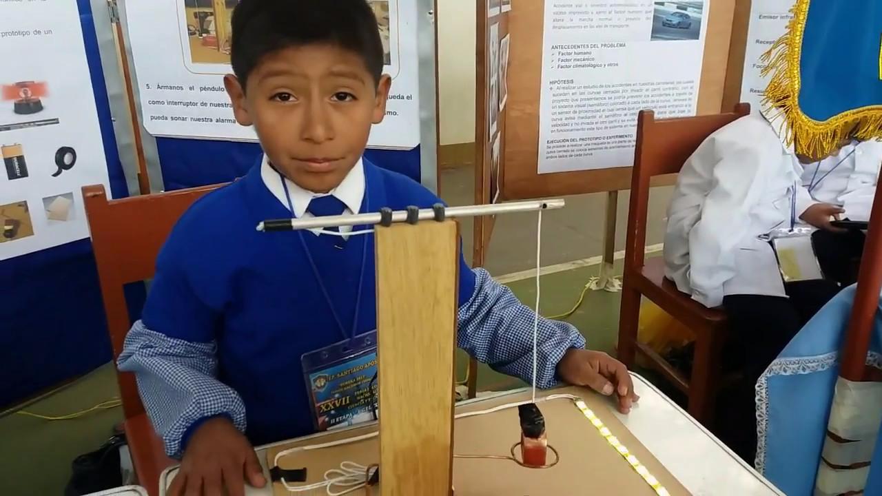 El estudiante de primaria destacó con su invención.