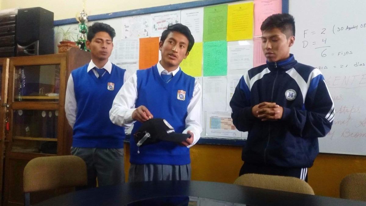 Proyecto que fue creado por tres escolares, consiste en un gorro que alerta a un conductor si se queda dormido en el trayecto.