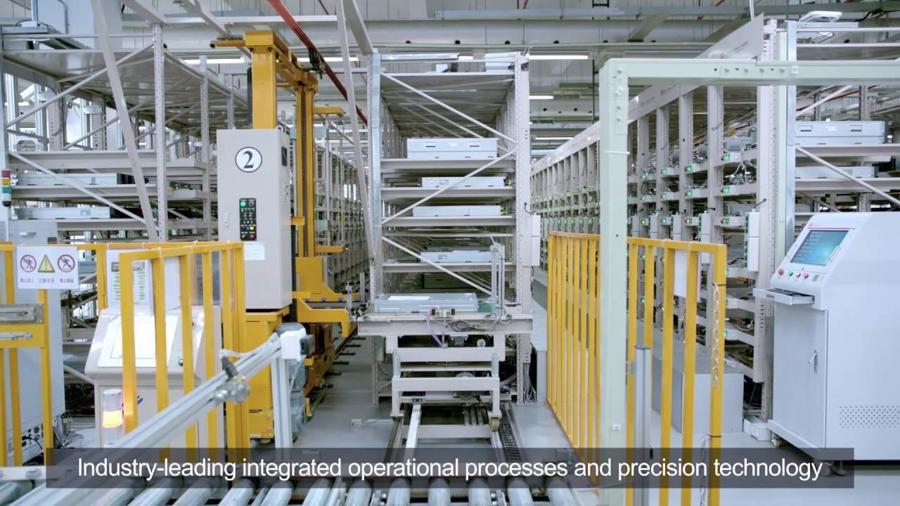 Así es como se ve una fábrica de ensamblaje de equipos de Huawei.