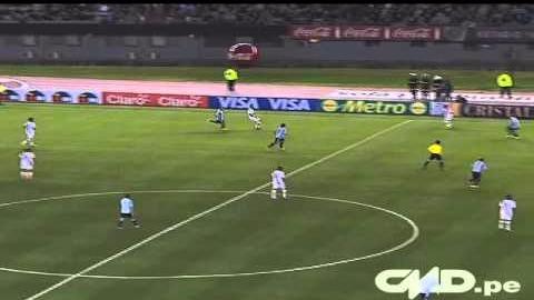 Pizarro tiene seis goles con Perú a lo largo de las Eliminatorias.