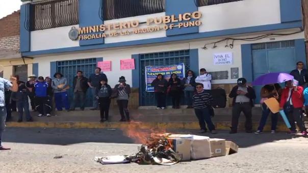Huelga indefinida de trabajadores del Ministerio Público.