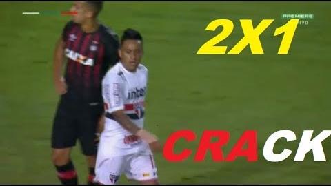 Resumen y goles del triunfo de Sao Paulo sobre Atlético Paranaense.