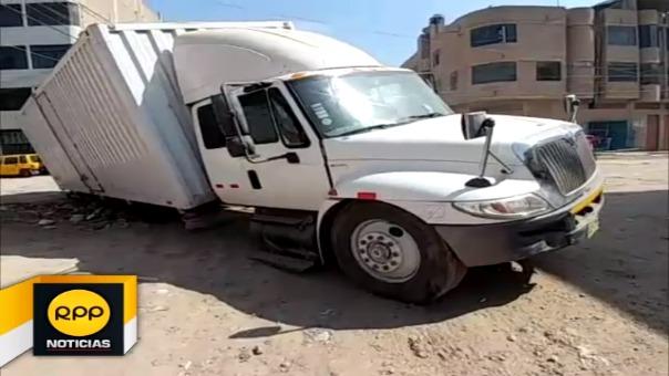 Mercadería fue trasladada hacia otro vehículo