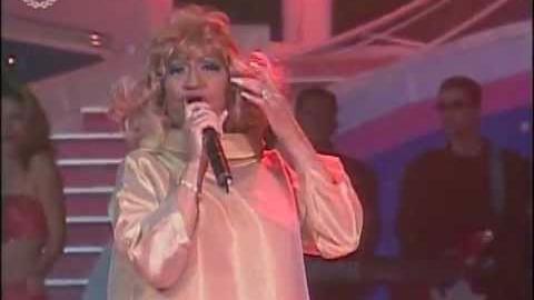 La vida es un carnaval- Celia Cruz