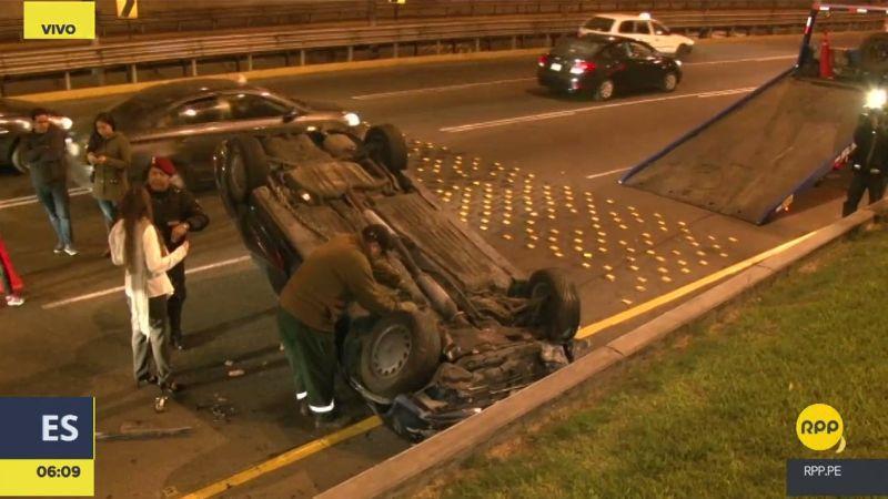 Así terminó el coche tras el fuerte impacto.