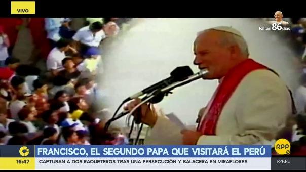 Juan Pablo II visitó el Perú en 1985, su visita más recordada, y luego en 1988.