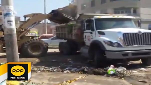 Se eliminó 450 toneladas de basura de la parte posterior del estadio Carlos Castañeda Iparraguirre