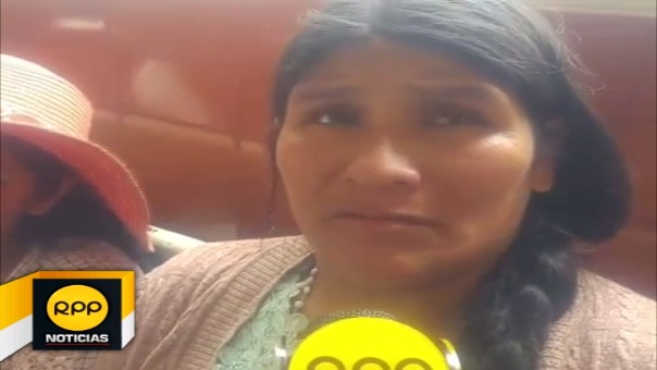 Sofía Quispe, mamá del niño que resultó herido, pide urgente ayuda a la comunidad con unidades de sangre y medicamentos.